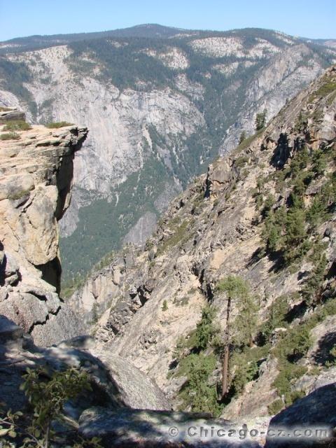 Yosemite Valley N.P. Stezka k Taft Point3